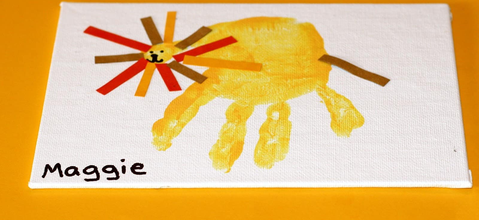 Lion handprint craft