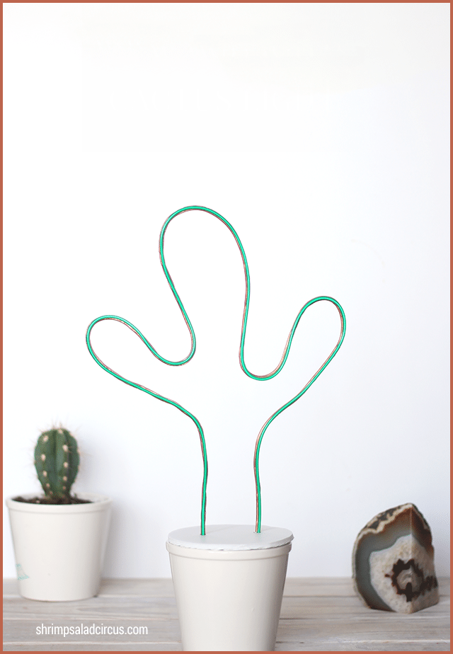 Potted neon cactus light