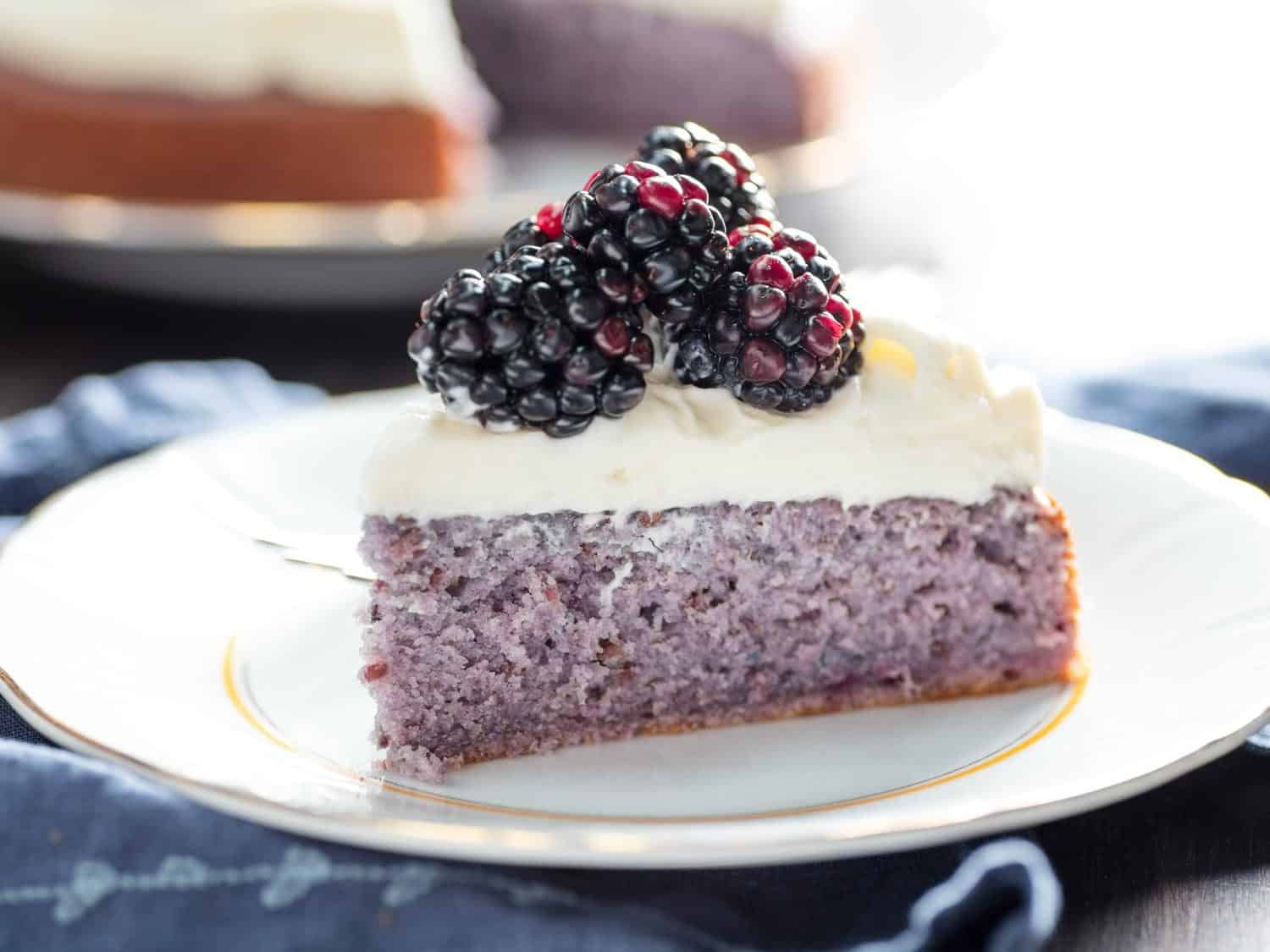 Blackberry cake with cream cheese icing