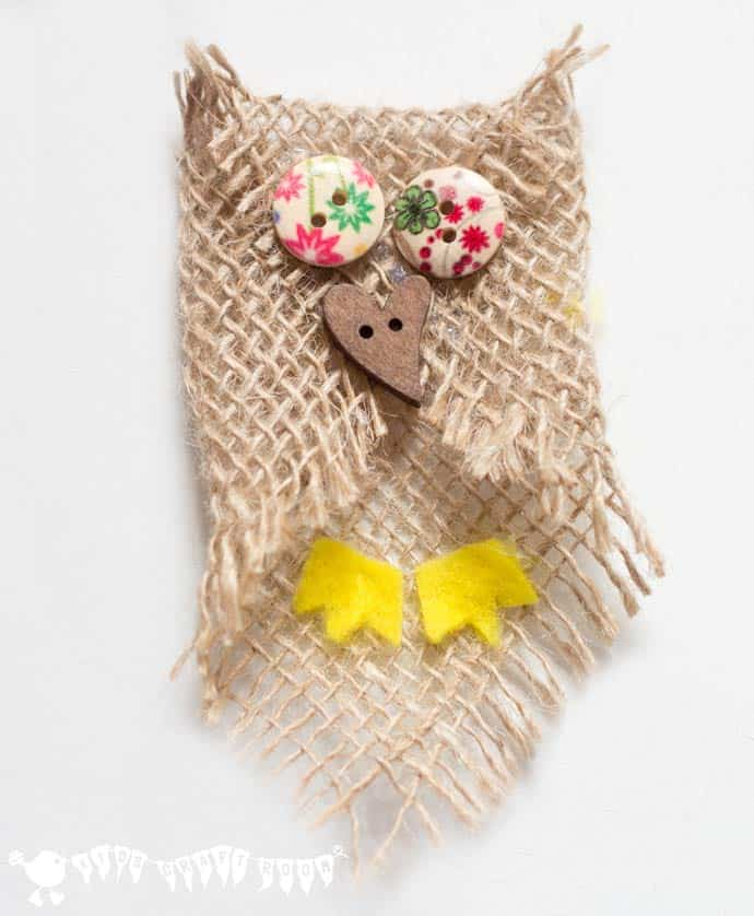 Burlap and button owl craft