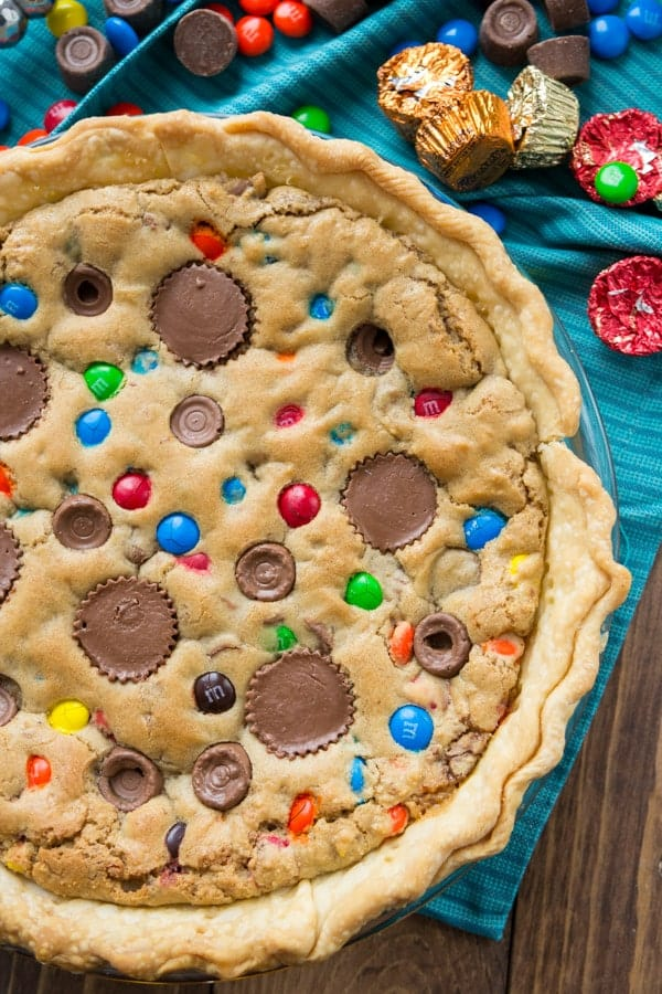 Candy bar cookie pie