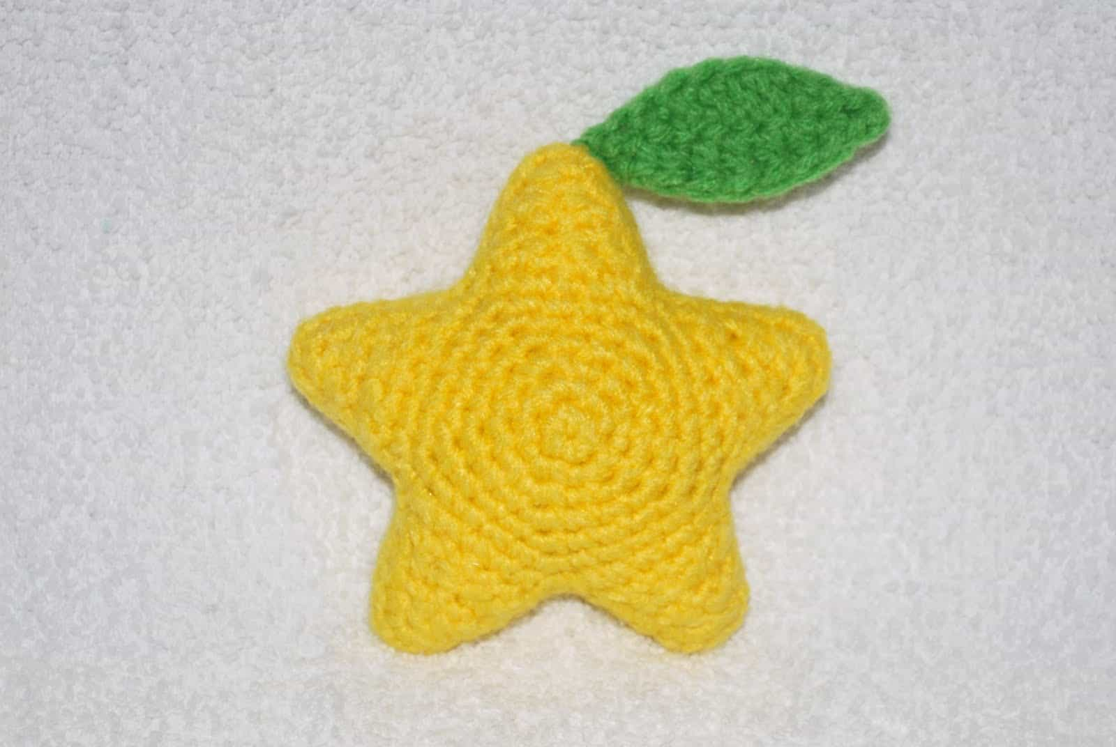 Crocheted praopu fruit
