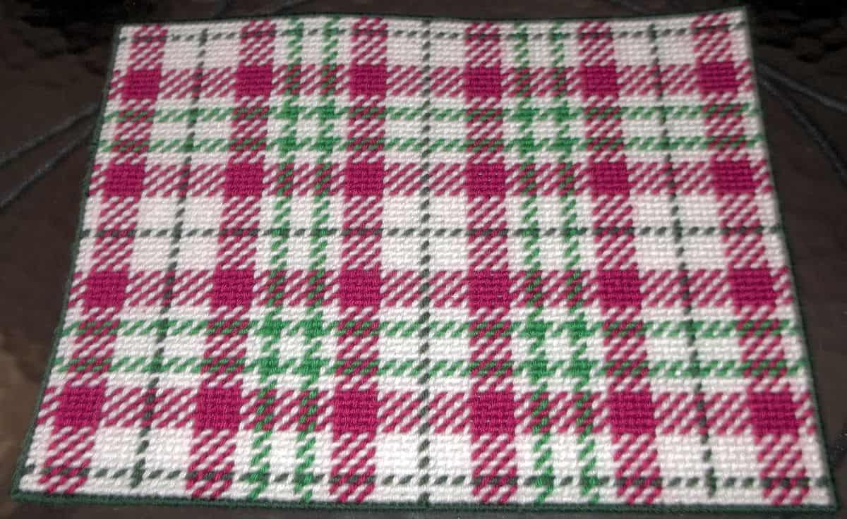 Diy plaid needlpoint tartan placemat