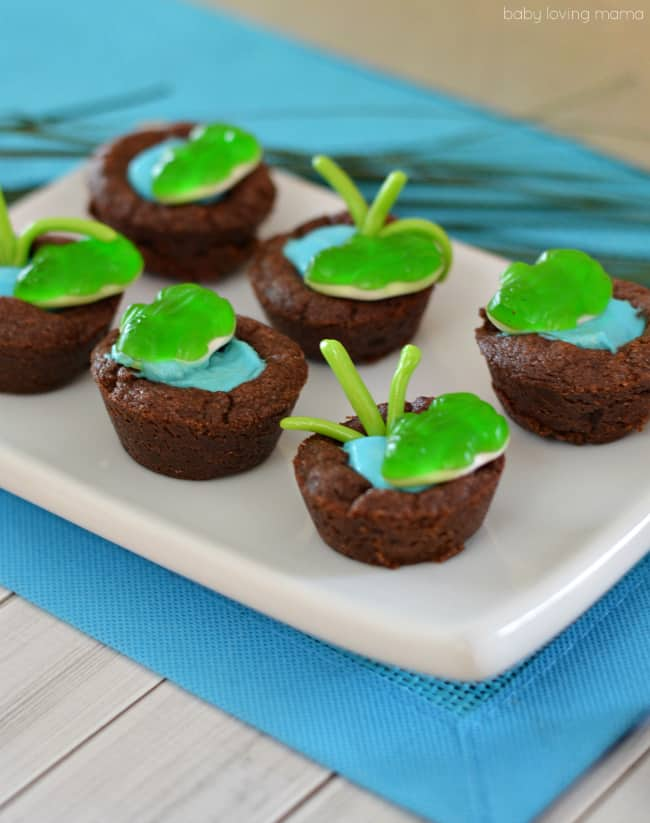 Frog pond cookie cups