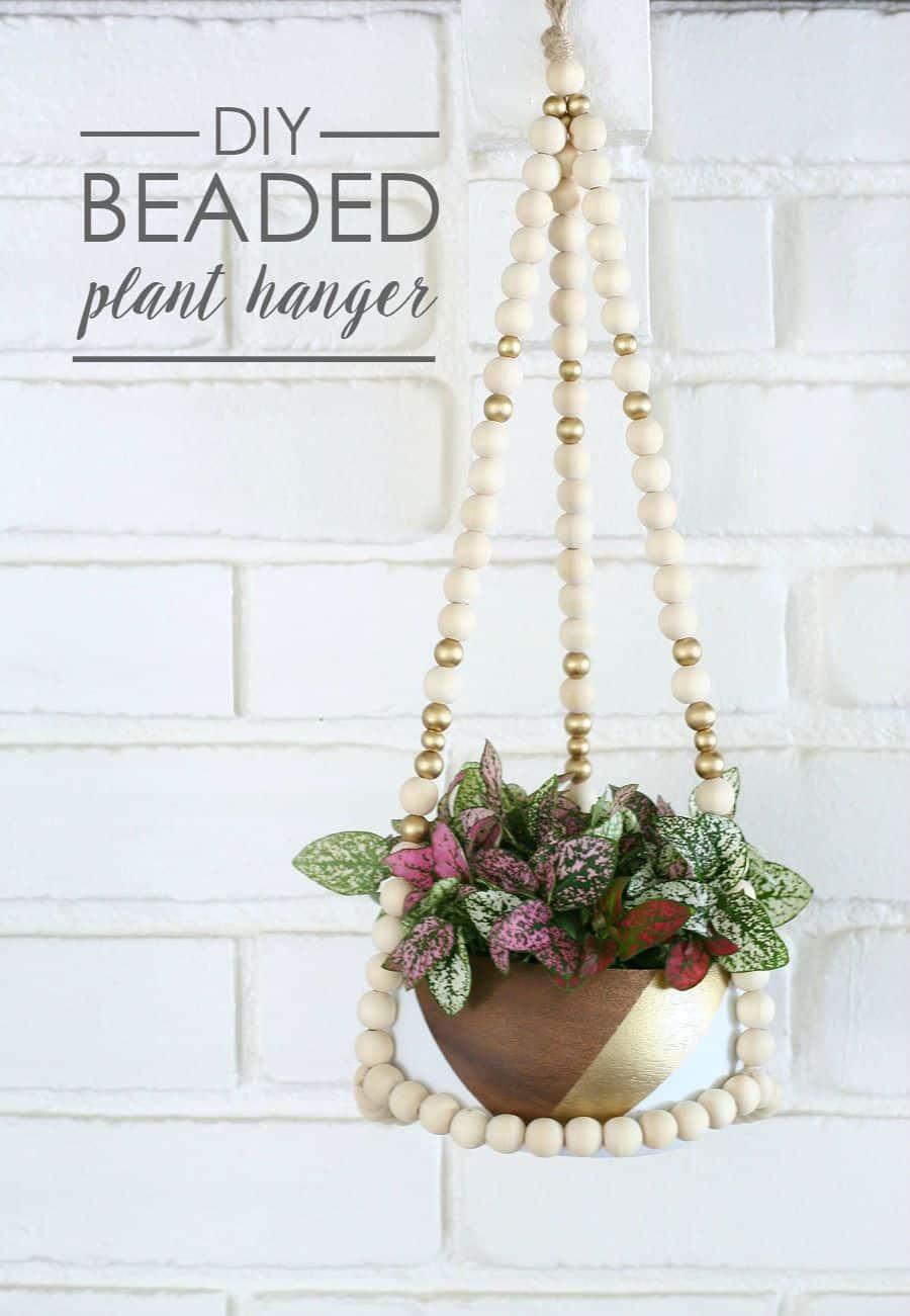 Kitschy jumbo beads hanger