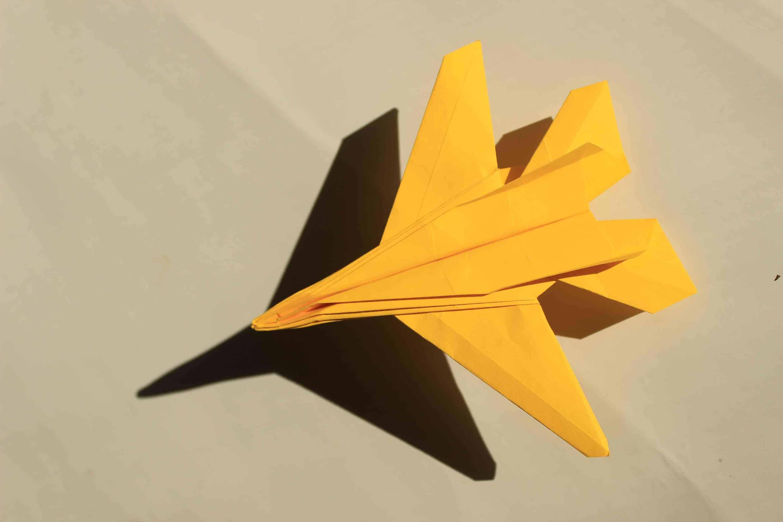 Super flying paper jetplane