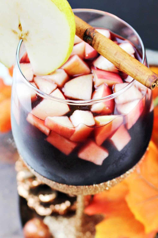 Apple and pear sangria recipe