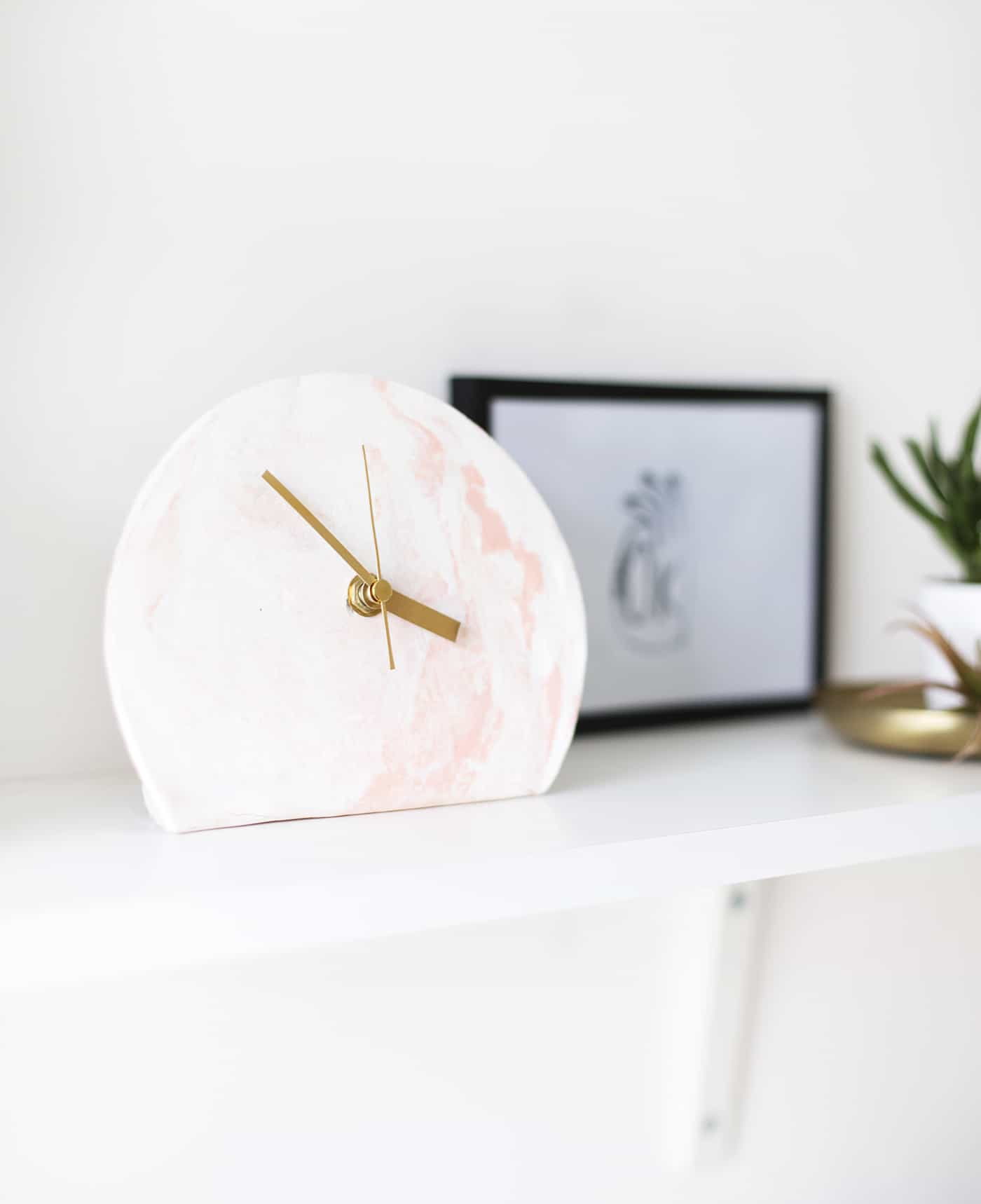 Diy marble clock