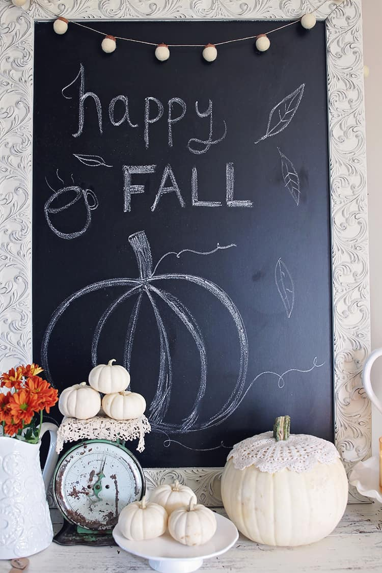 Happy fall chalkboard idea