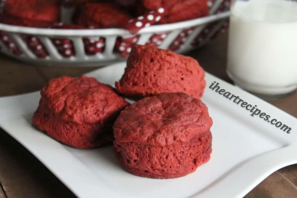 Red velvet biscuits