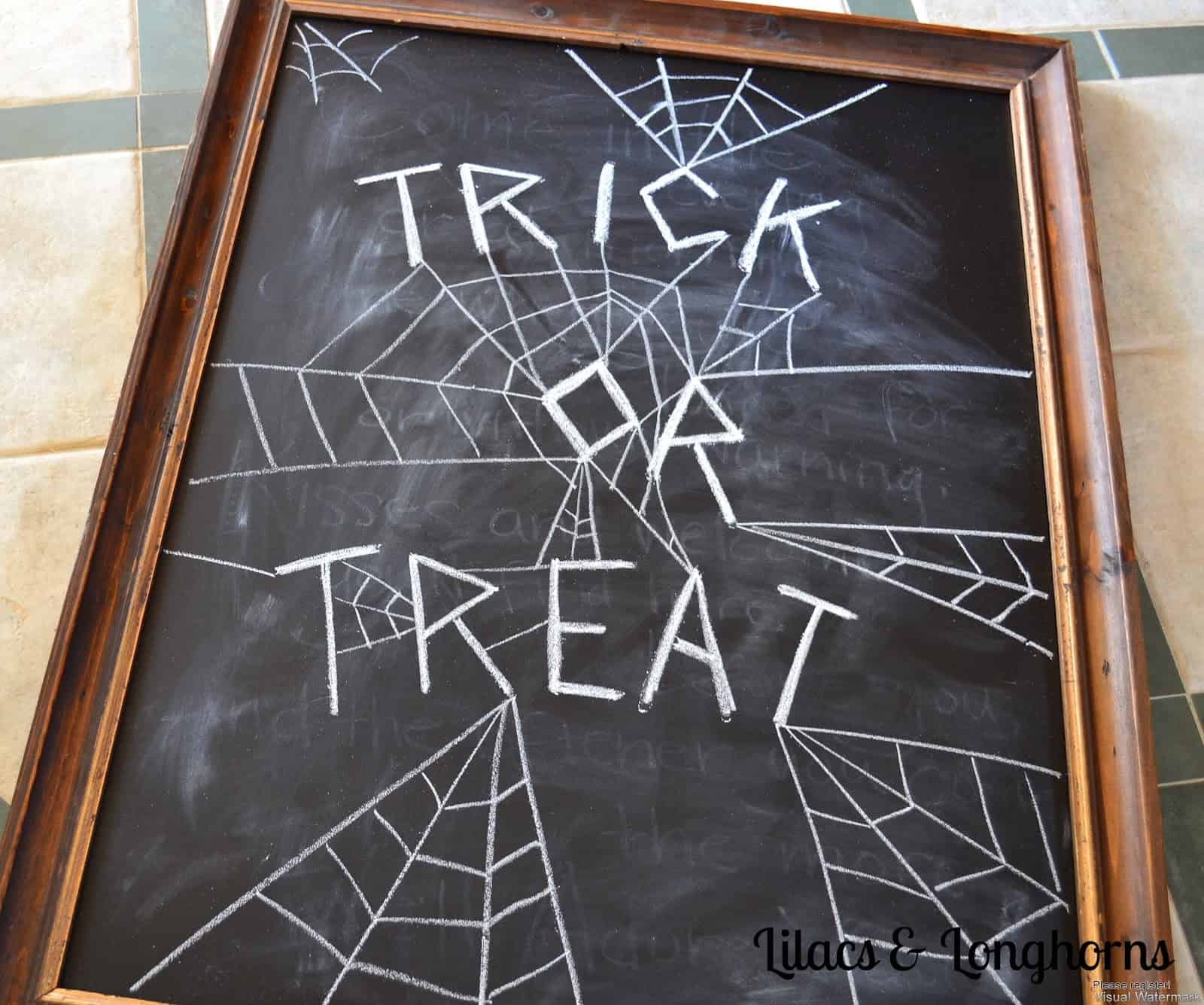 Trick or treat fall chalkboard idea