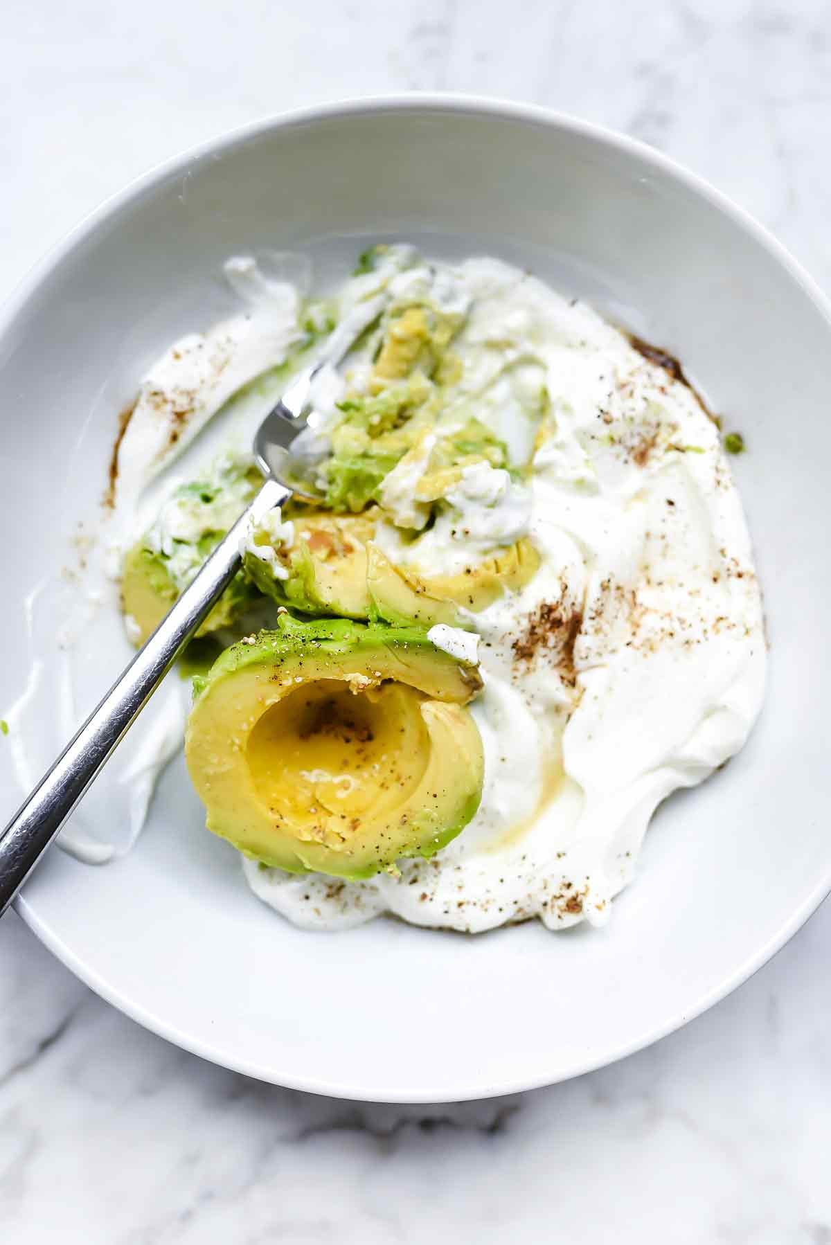 Avocado and greek yogurt chicken salad