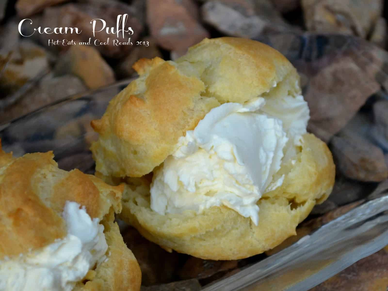 Cream puffs with mascarpone cream
