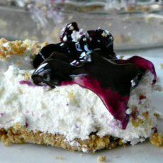 Easy no bake blueberry cheesecake