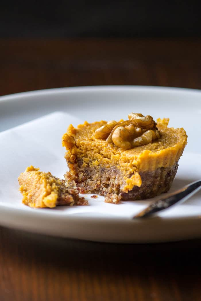 No bake pumpkin pie tarts