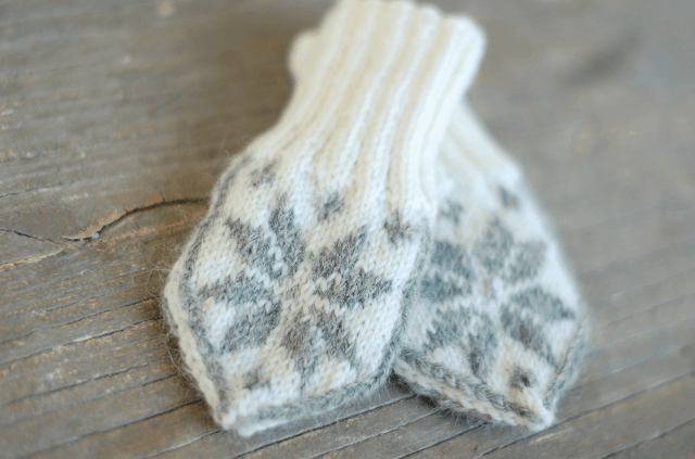 Nordic selbu baby mittens