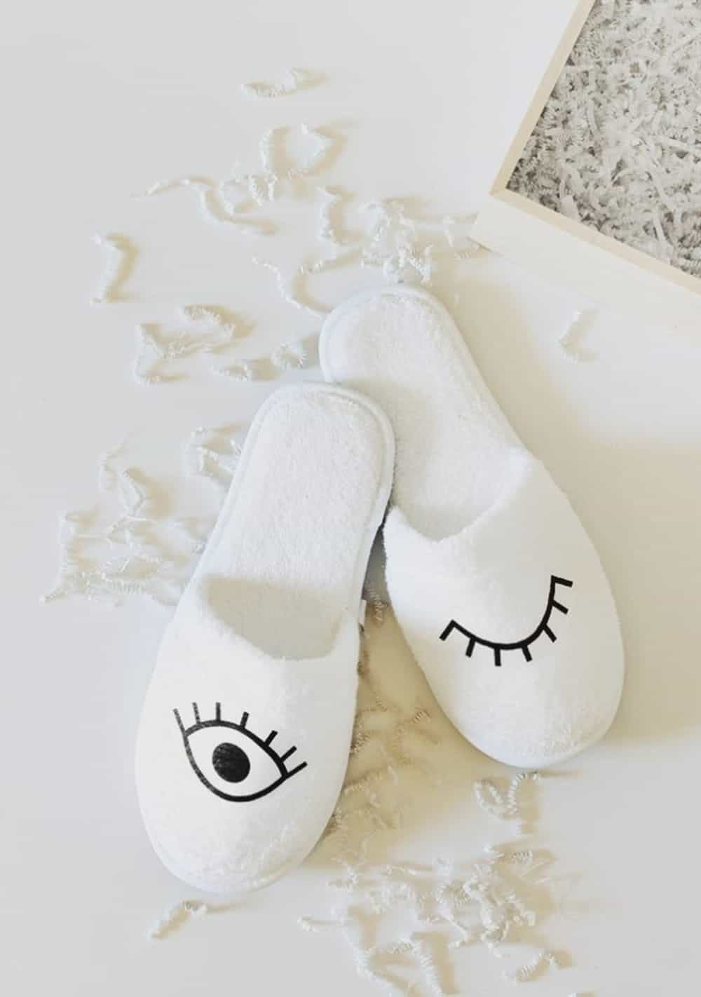 Diy eye slippers