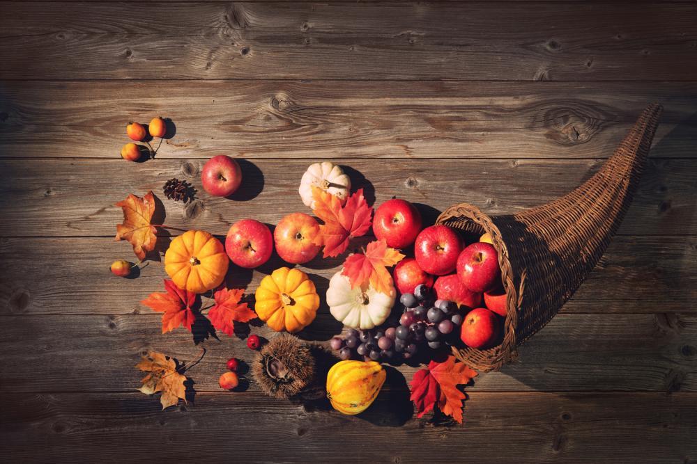 Pumpkin decor cornucopia