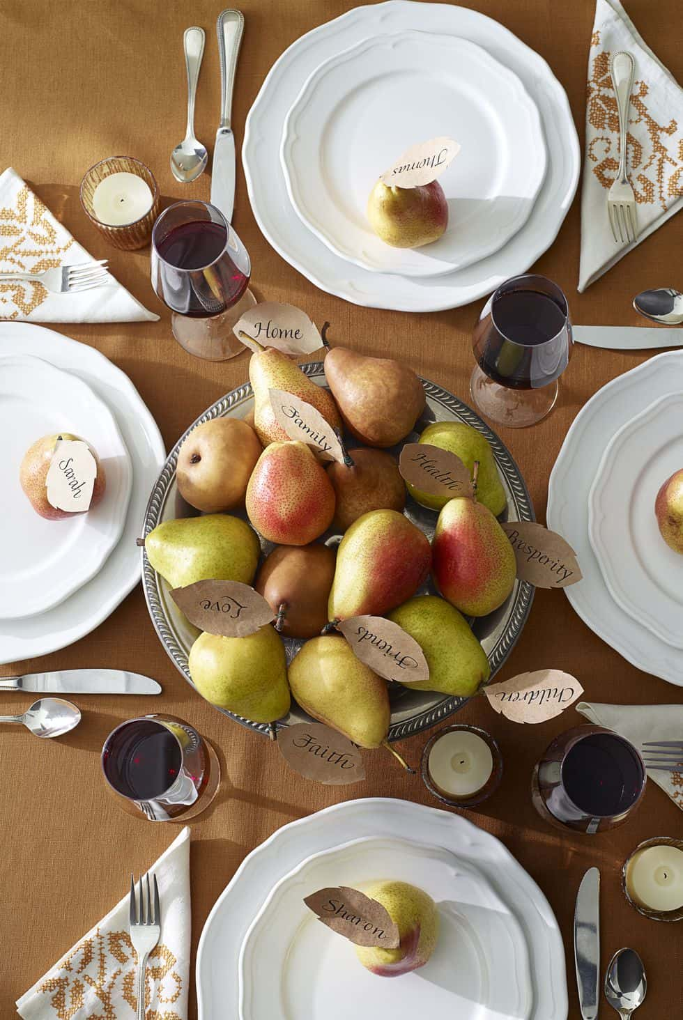 Thanksgiving pear centerpiece diy