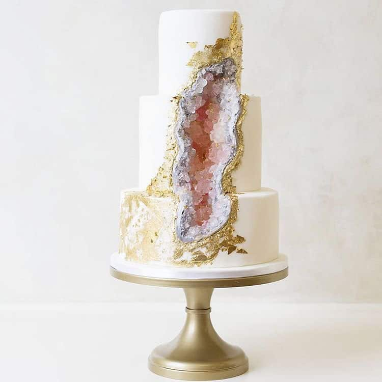 Gold, silver, and light pink geode cake