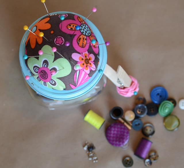 Diy pin cushion and sewing kit