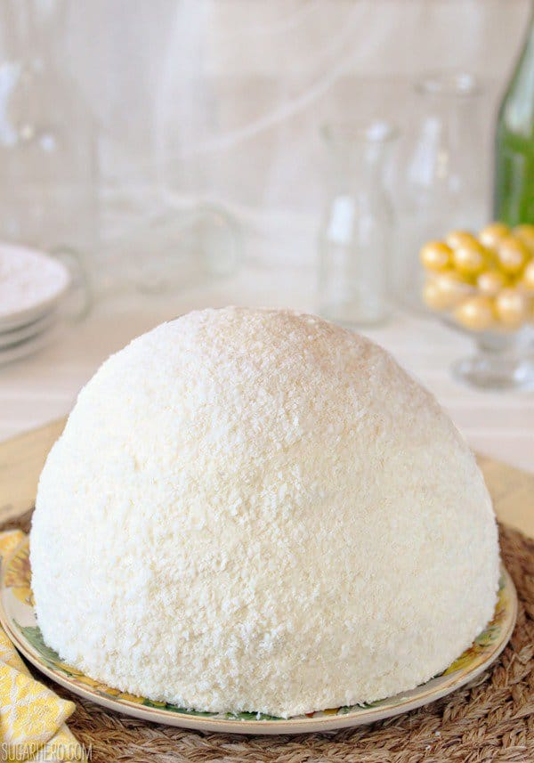 Lemon coconut snowball cake
