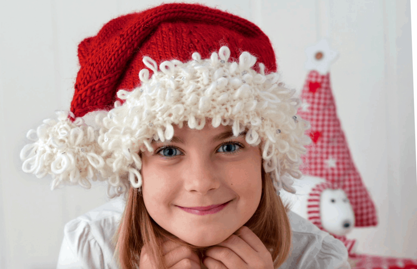 Looped knitted santa hat