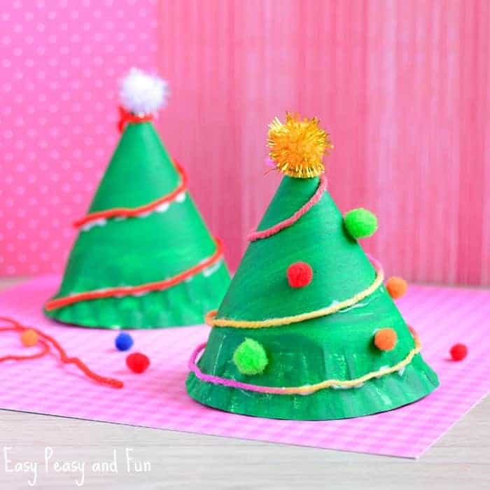 Kids' Christmas Crafts Made from Paper Plates