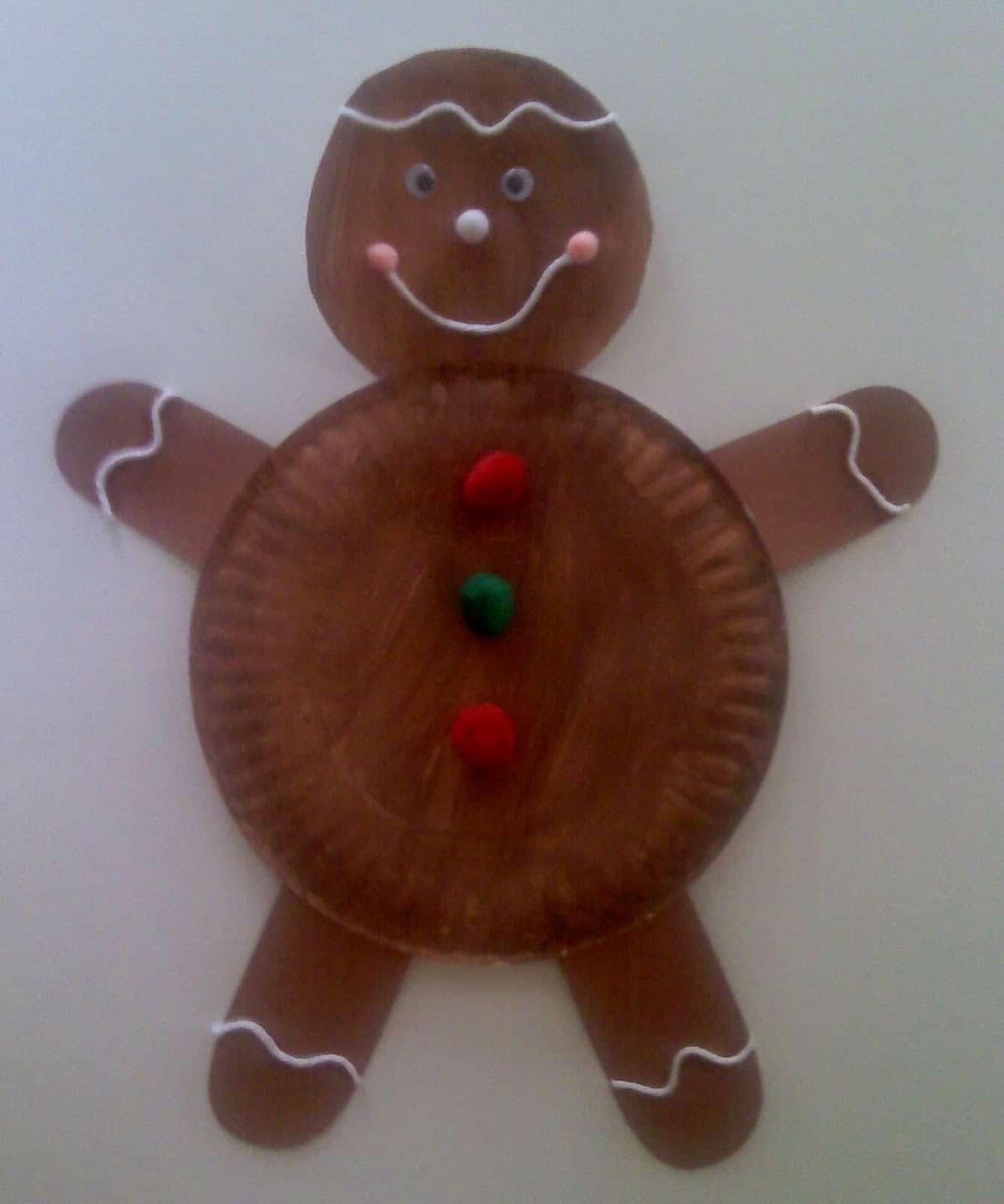 Paper plate gingerbead man