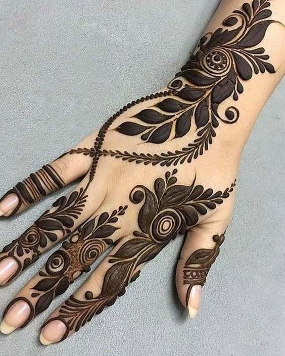 Stunning Flowers Henna Design