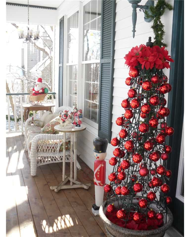 Christmas porch decoration ideas ornament obelisk