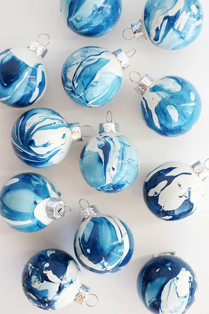 Diy indigo marbled ornament