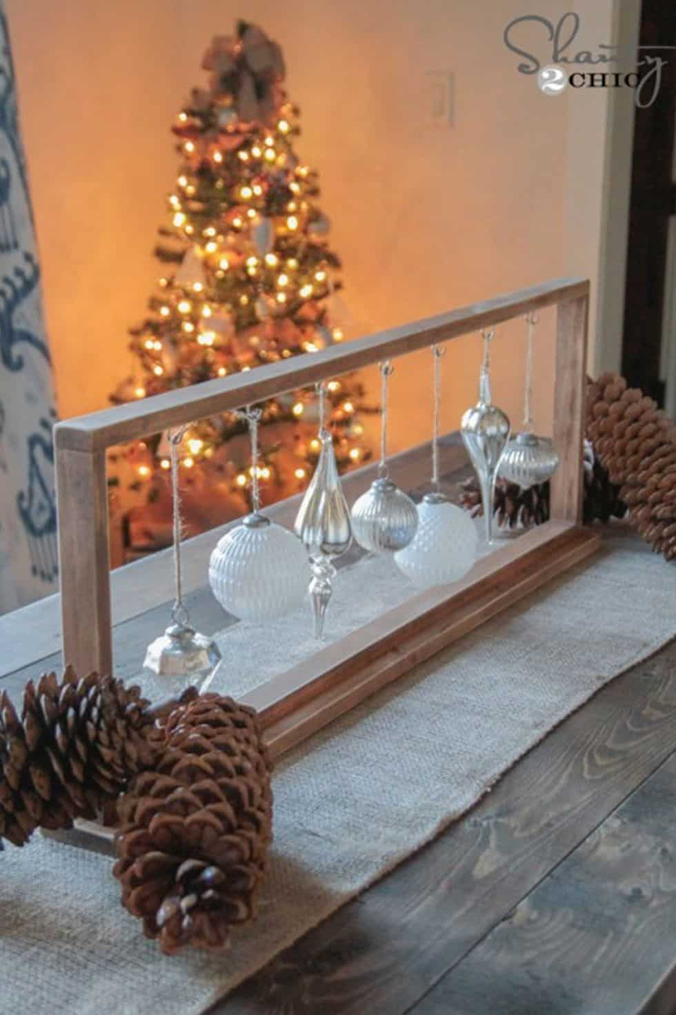 Hanging ornaments centerpiece diy