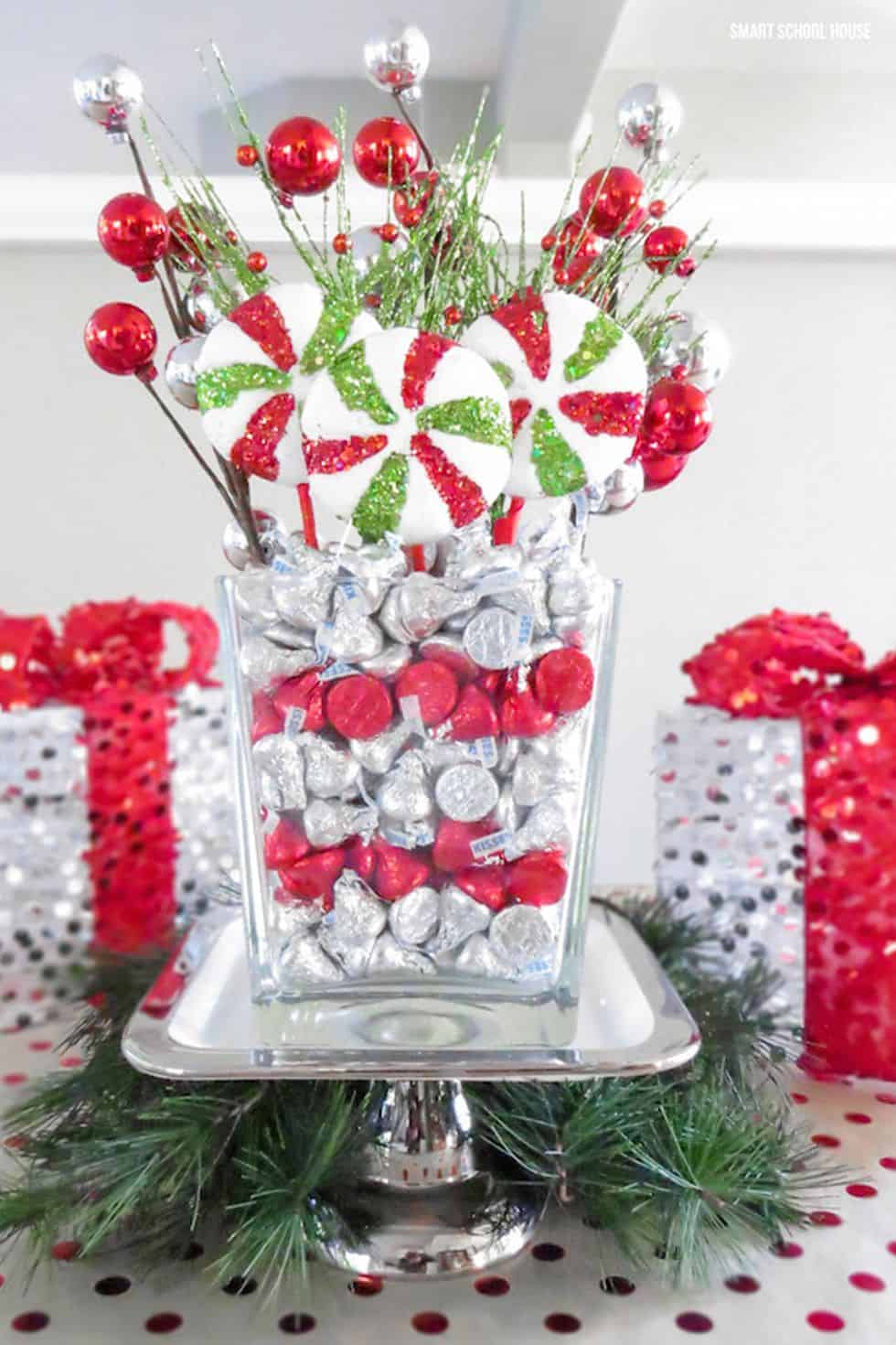 Hershey kisses centerpiece