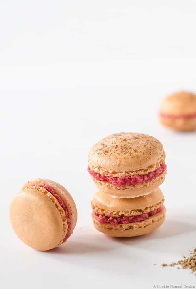 Mulled cranberry macaron recipe