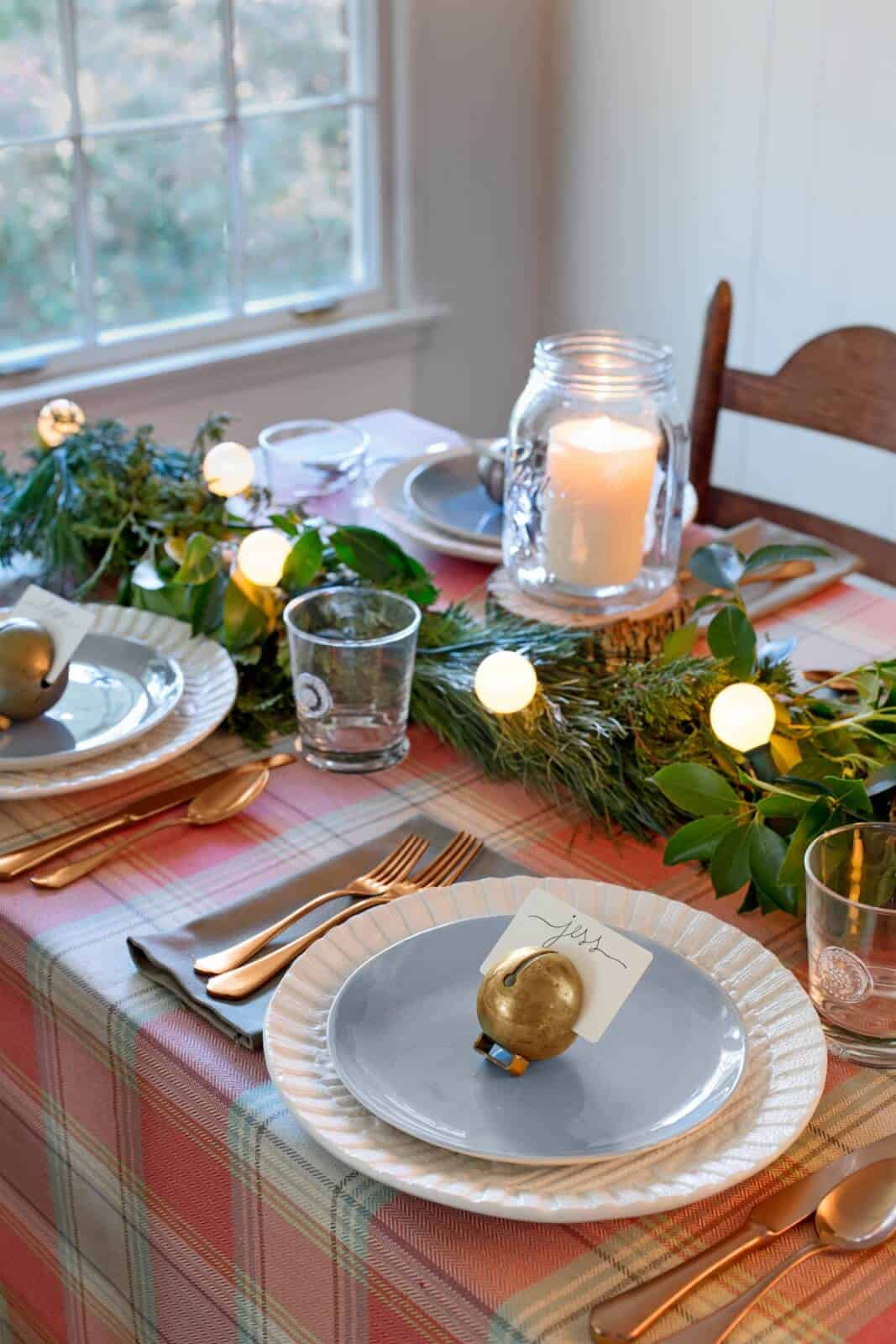 Plain and greenery seasonal table