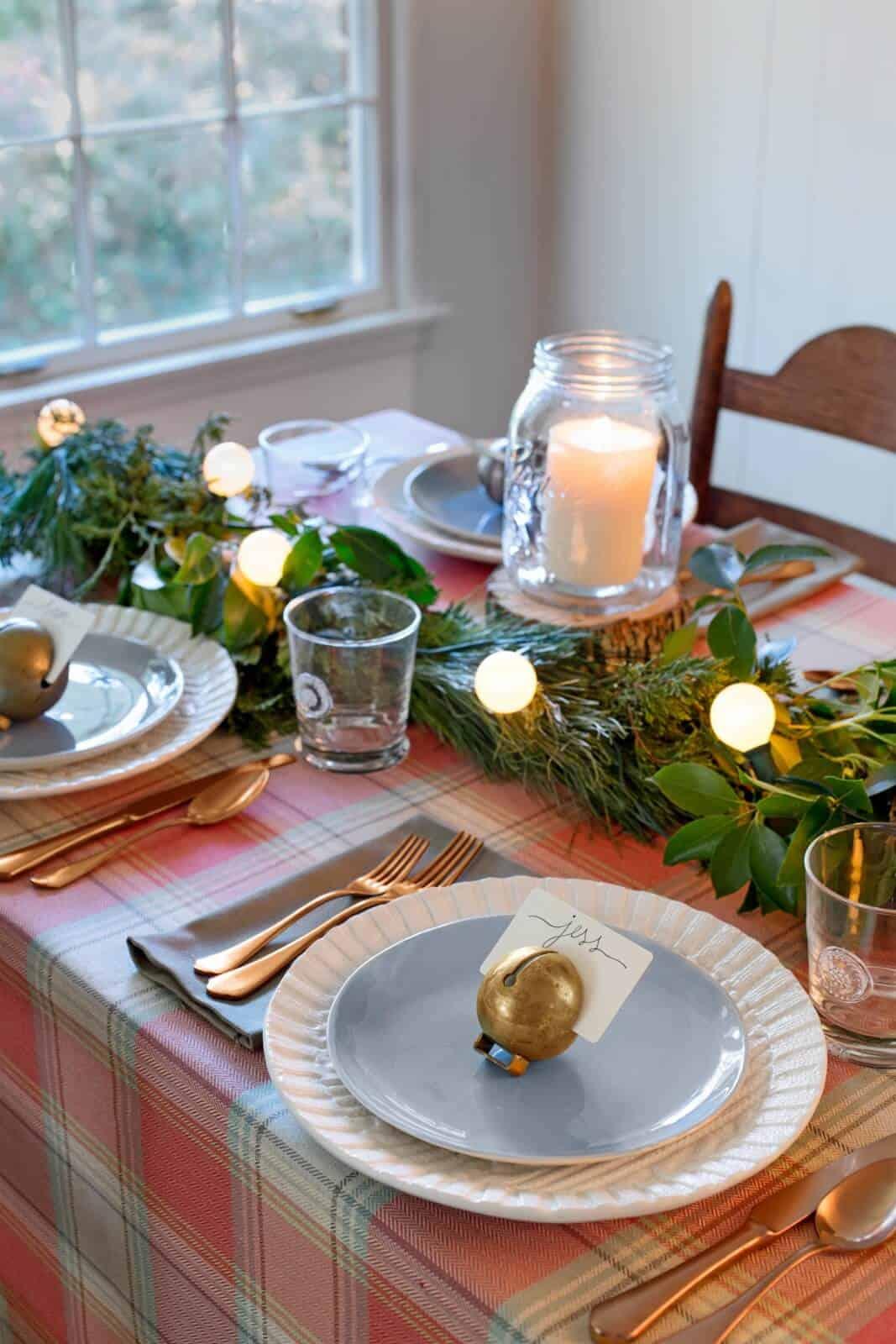 Plain and greenery seasonal table