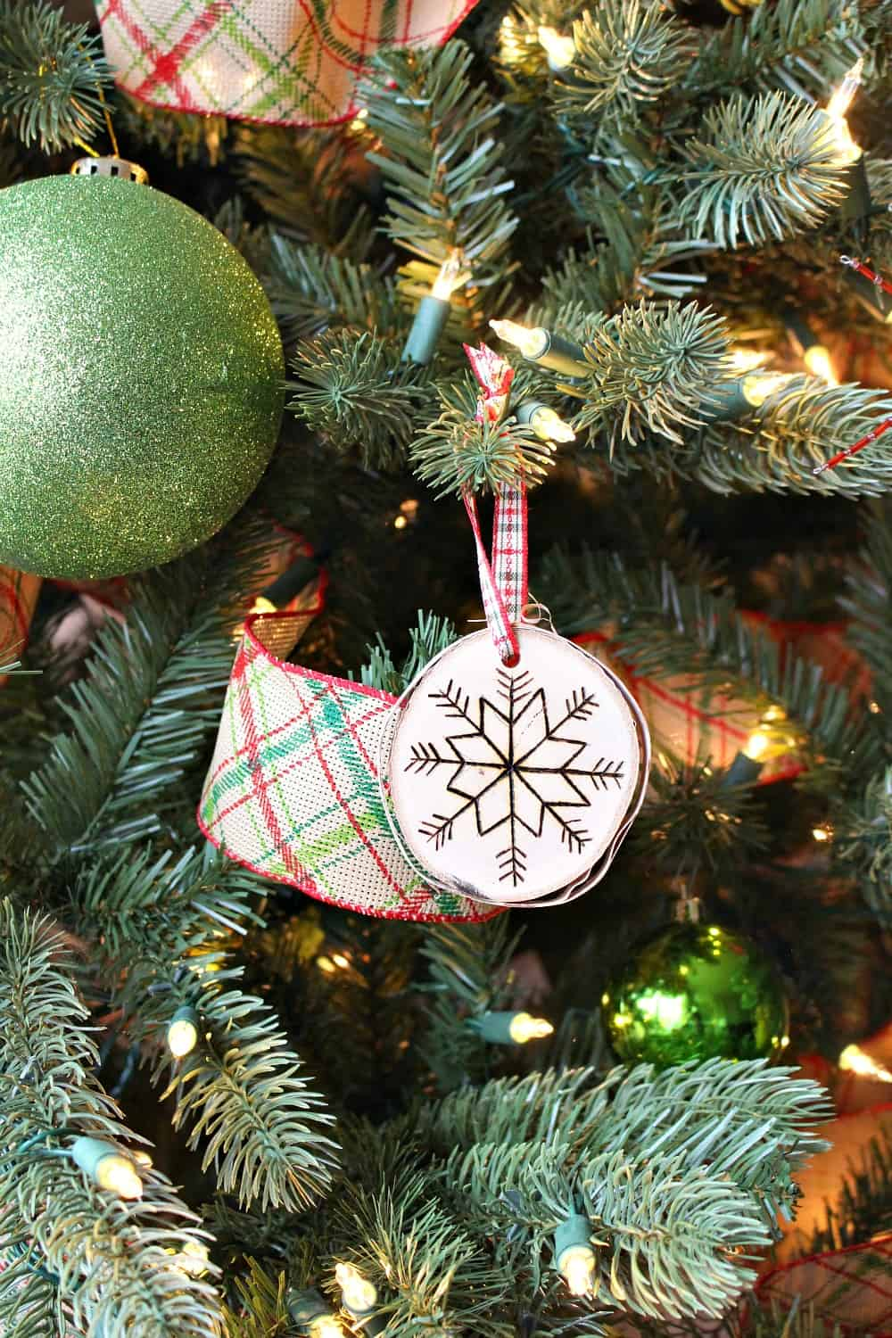 Rustic tree decoration diy