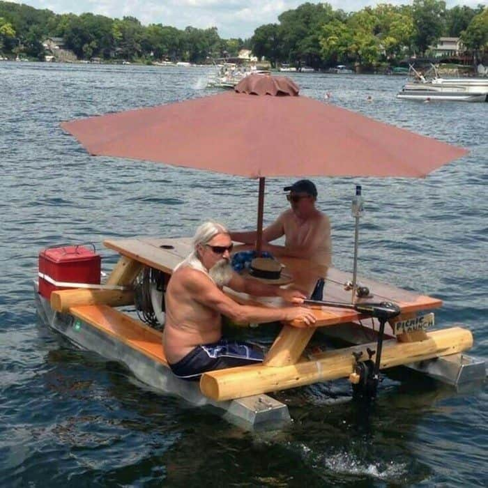 Floating pontoon picnic table
