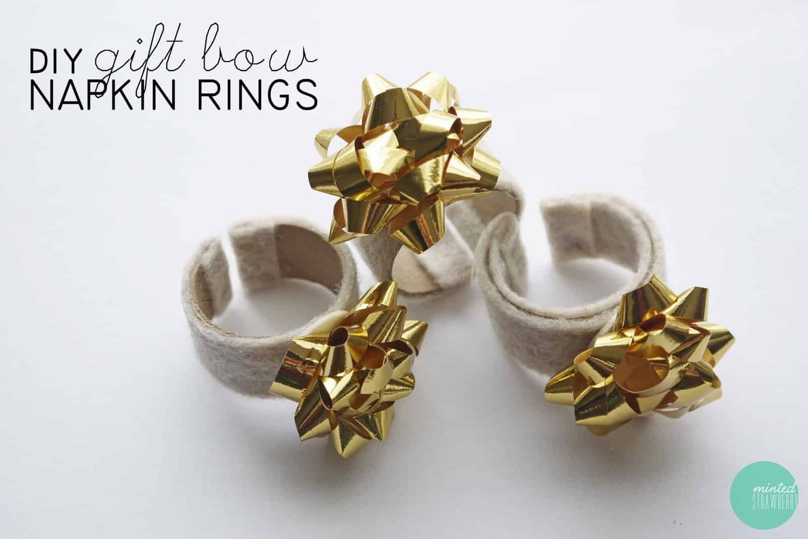 Gift bow napkin ring