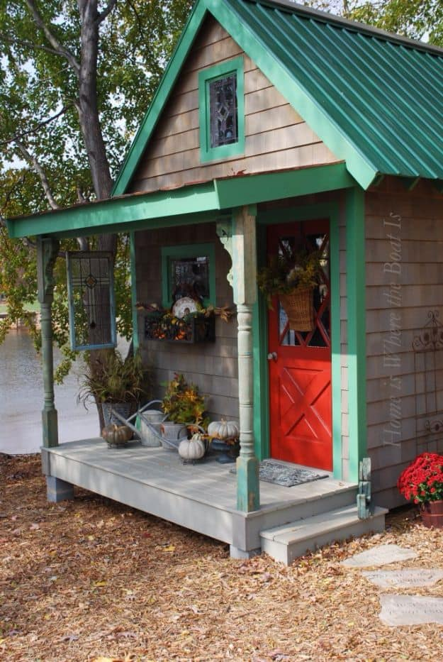 Little cottage potting shed