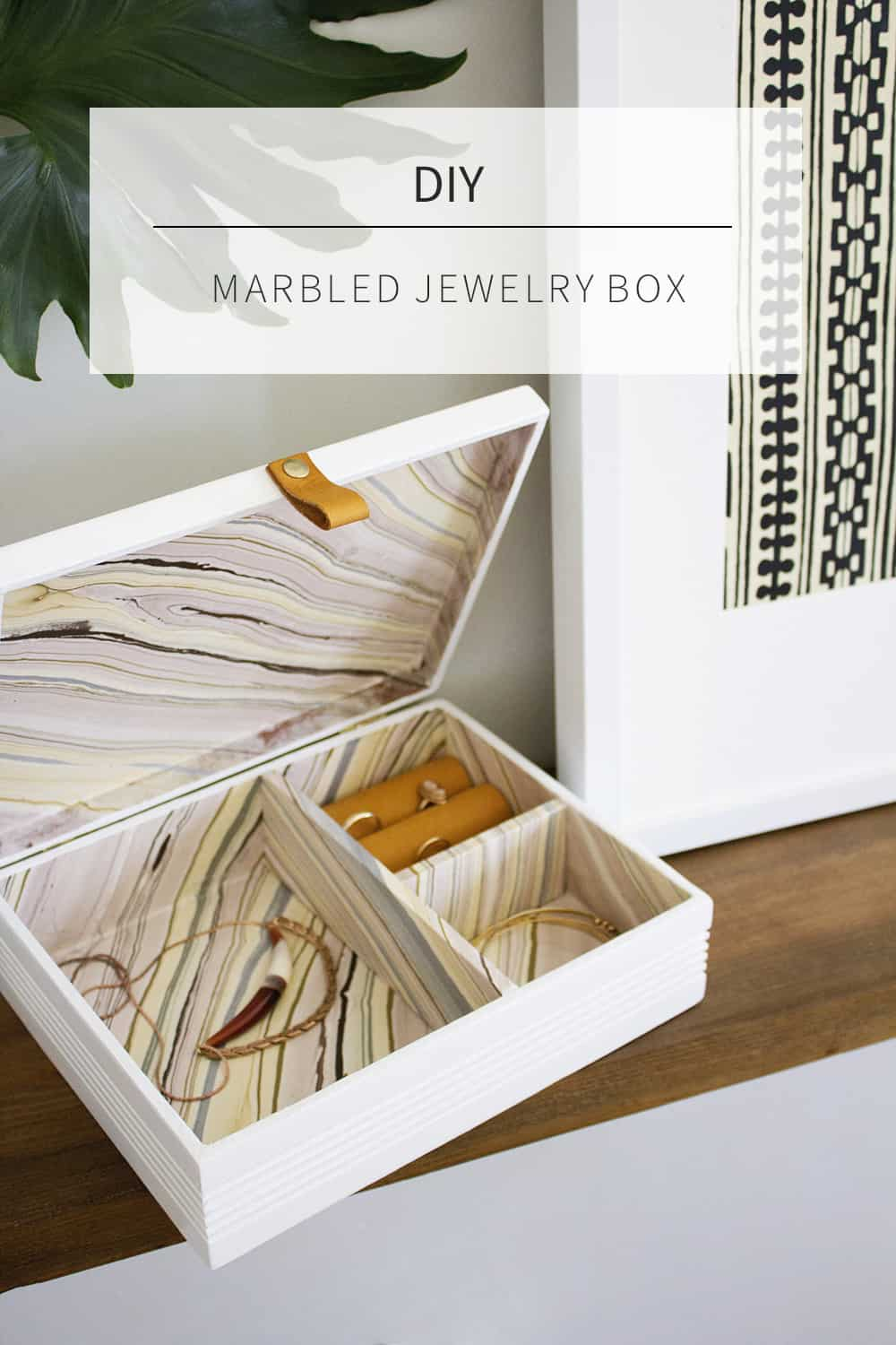 Marbled cigar box for jewelry