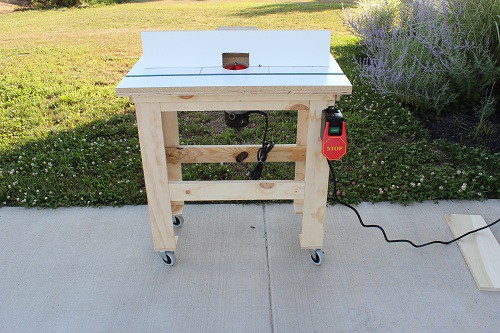 Movable router table on wheels