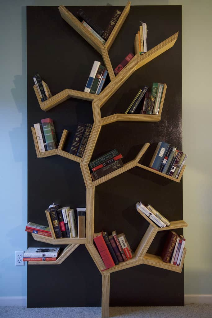 Wooden tree bookshelf