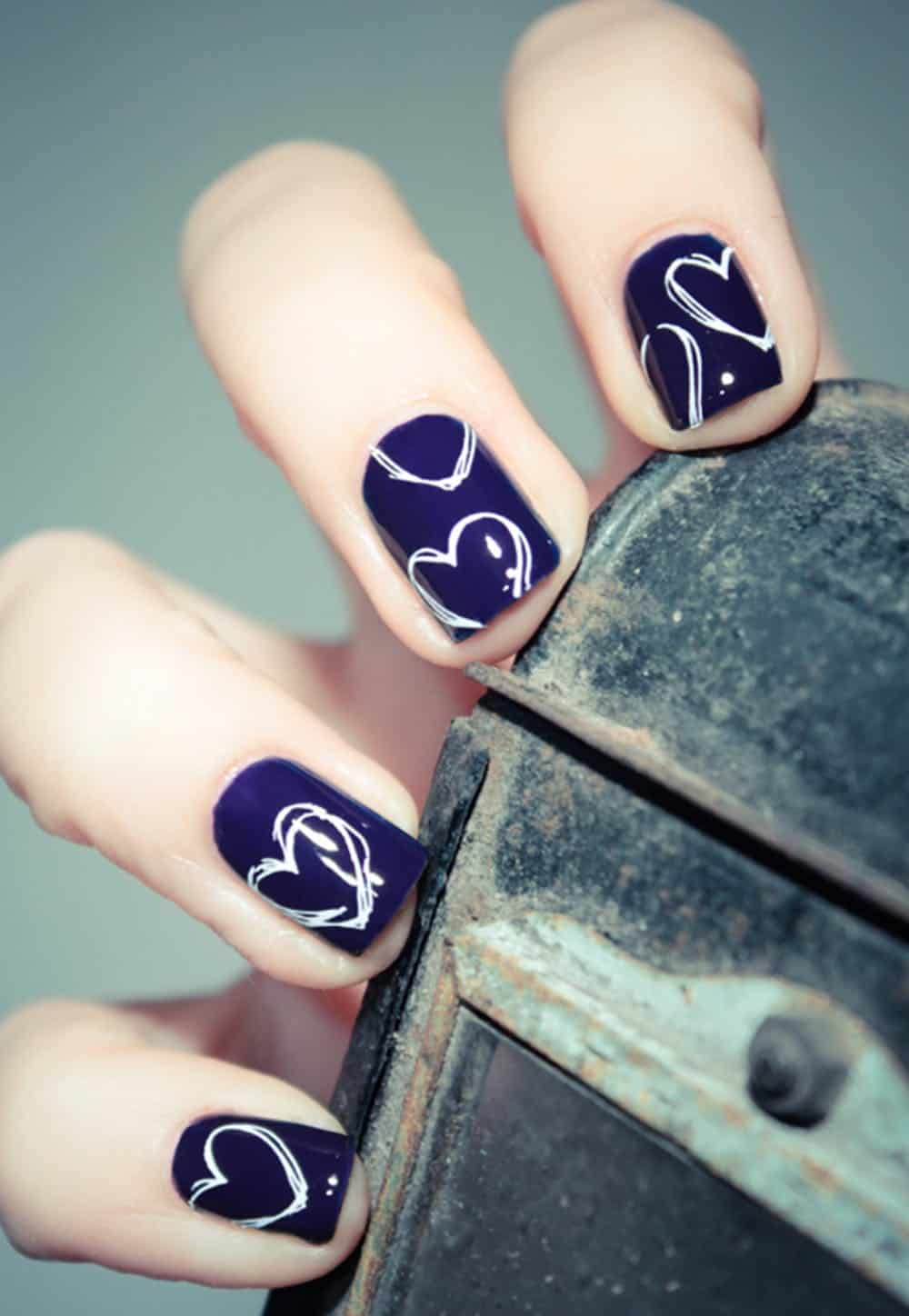 Blue violet heart nails