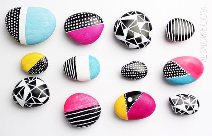 Diy decorated pebble magnets