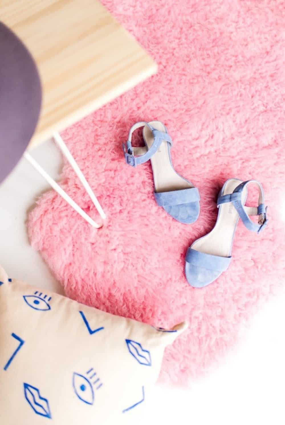 15 DIY Rugs To Create, Weave, and Produce For The House