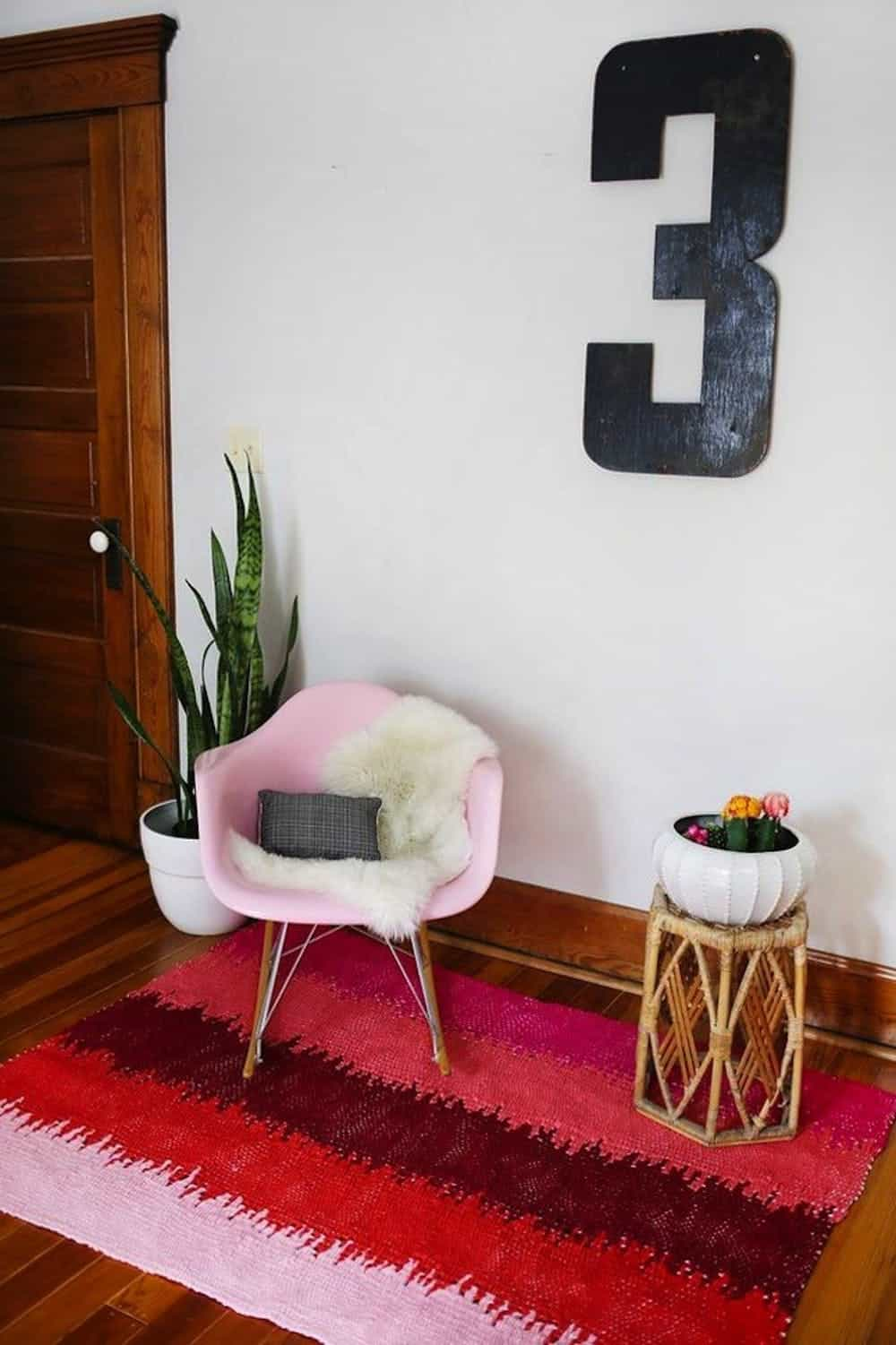 Diy static lines woven rug