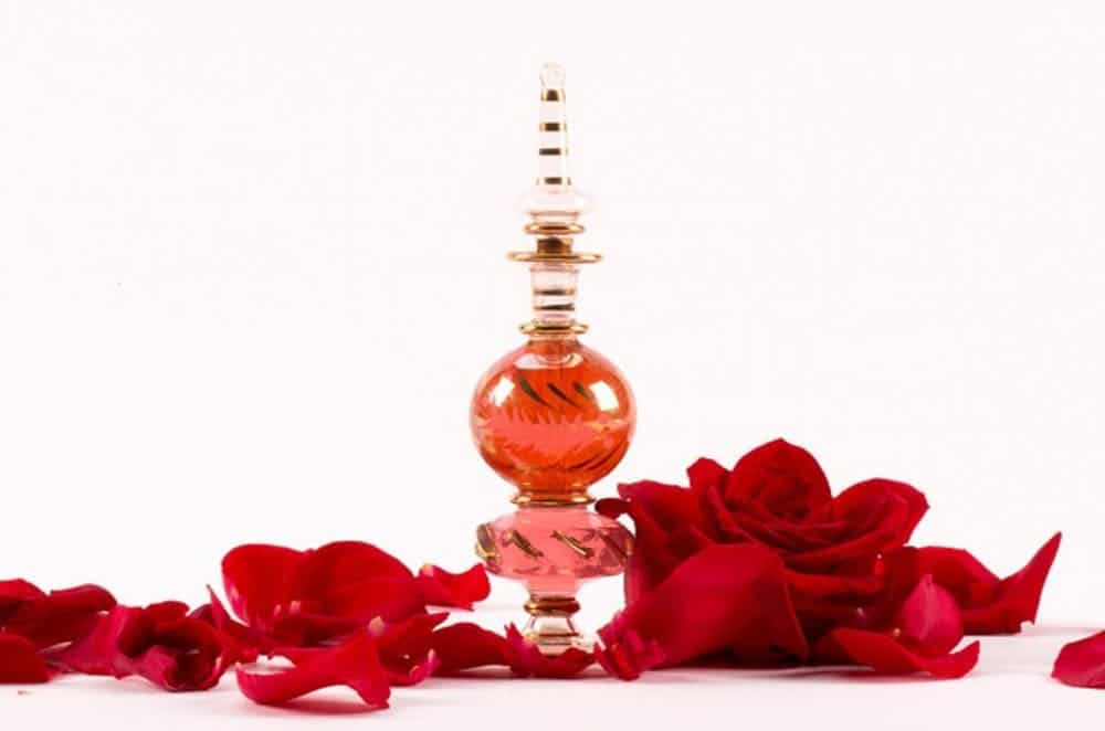 Natural rose perfume diy