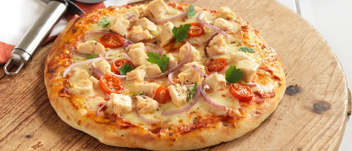Easy chicken pizza in minutes